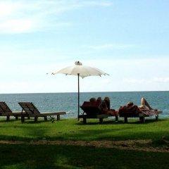 Отель Nautilus Right On The Beach Resort Ланта приотельная территория