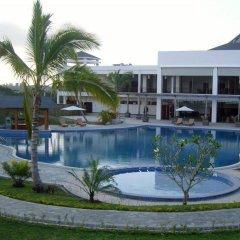 SSS Manhao Hotel бассейн