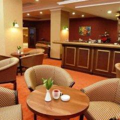Отель Grand Mir Узбекистан, Ташкент - отзывы, цены и фото номеров - забронировать отель Grand Mir онлайн гостиничный бар