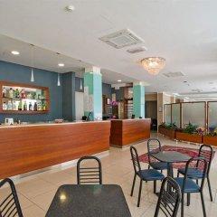 Отель Boom Италия, Римини - отзывы, цены и фото номеров - забронировать отель Boom онлайн гостиничный бар
