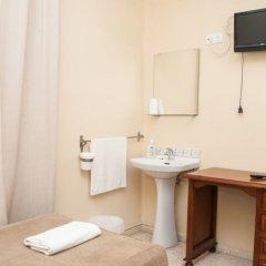 Отель Pension Perez Montilla ванная фото 2