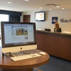 Отель Minto Suite Hotel Канада, Оттава - отзывы, цены и фото номеров - забронировать отель Minto Suite Hotel онлайн интерьер отеля