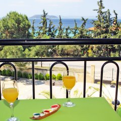 Отель Ta 2 Pefka балкон
