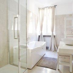 Отель Temporary House - Fashion District Италия, Милан - отзывы, цены и фото номеров - забронировать отель Temporary House - Fashion District онлайн ванная фото 2