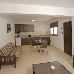 Petrosana Hotel Apartments комната для гостей