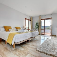 Отель Arabella - Villa con piscina Испания, Пальма-де-Майорка - отзывы, цены и фото номеров - забронировать отель Arabella - Villa con piscina онлайн комната для гостей фото 3