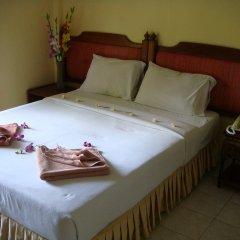 Отель Baan Karon Hill Phuket Resort комната для гостей фото 3