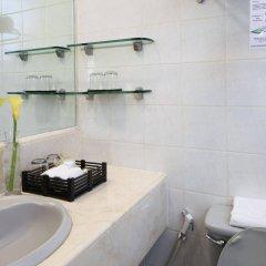 Отель Manila Lotus Hotel Филиппины, Манила - отзывы, цены и фото номеров - забронировать отель Manila Lotus Hotel онлайн ванная