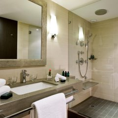 Отель Sofitel Marseille Vieux Port Франция, Марсель - 2 отзыва об отеле, цены и фото номеров - забронировать отель Sofitel Marseille Vieux Port онлайн ванная