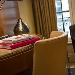 Отель Renaissance Paris Vendome Hotel Франция, Париж - отзывы, цены и фото номеров - забронировать отель Renaissance Paris Vendome Hotel онлайн удобства в номере