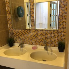Royal Lodge @ Pagoda Street - Hostel Сингапур ванная