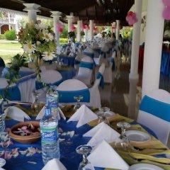 Отель Bougain Villa Шри-Ланка, Берувела - отзывы, цены и фото номеров - забронировать отель Bougain Villa онлайн питание