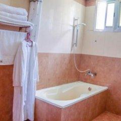 City Hill Hotel ванная фото 2