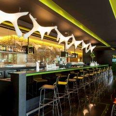 Отель Novotel Amsterdam City Амстердам гостиничный бар