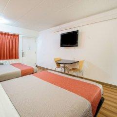 Отель Motel 6 Columbus - Worthington США, Колумбус - отзывы, цены и фото номеров - забронировать отель Motel 6 Columbus - Worthington онлайн комната для гостей фото 5