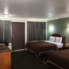 Отель Valley Inn США, Лос-Анджелес - отзывы, цены и фото номеров - забронировать отель Valley Inn онлайн удобства в номере фото 2