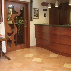 Hotel Due Torri Аджерола интерьер отеля