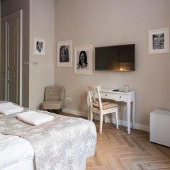 Отель Serenity Boutique Budapest Венгрия, Будапешт - отзывы, цены и фото номеров - забронировать отель Serenity Boutique Budapest онлайн комната для гостей фото 2