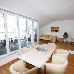 Апартаменты Duschel Apartments City Center Вена комната для гостей