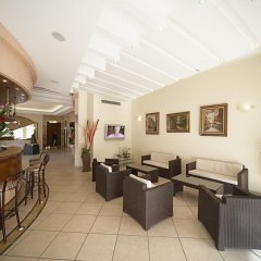 Отель Mocambo Италия, Риччоне - отзывы, цены и фото номеров - забронировать отель Mocambo онлайн гостиничный бар
