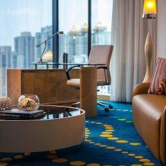 Renaissance Shanghai Yu Garden Hotel интерьер отеля фото 3