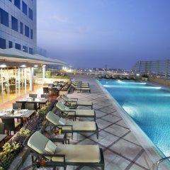 Отель Fraser Suites Dubai Дубай бассейн