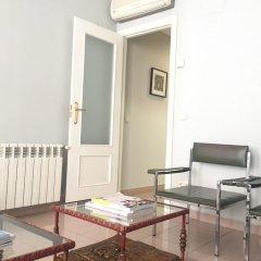 Отель Apartamentos Fomento 25 Испания, Мадрид - отзывы, цены и фото номеров - забронировать отель Apartamentos Fomento 25 онлайн комната для гостей фото 3