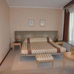 Гостиница Персона в Челябинске 2 отзыва об отеле, цены и фото номеров - забронировать гостиницу Персона онлайн Челябинск комната для гостей фото 3
