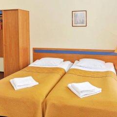 Отель Mikotel Вильнюс сейф в номере
