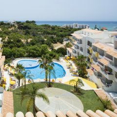 Отель Smartline Miramar Португалия, Албуфейра - отзывы, цены и фото номеров - забронировать отель Smartline Miramar онлайн пляж