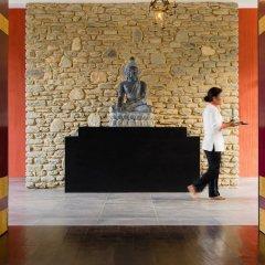 Отель Pavilions Himalayas Непал, Лехнат - отзывы, цены и фото номеров - забронировать отель Pavilions Himalayas онлайн интерьер отеля фото 3