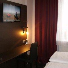 Отель PLAZA Inn Hamburg Moorfleet Германия, Гамбург - 1 отзыв об отеле, цены и фото номеров - забронировать отель PLAZA Inn Hamburg Moorfleet онлайн удобства в номере фото 2