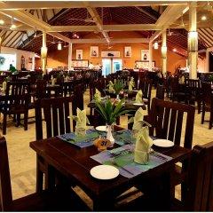 Отель Ellaidhoo Maldives by Cinnamon питание