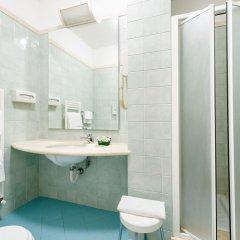 Отель La Cisterna Италия, Сан-Джиминьяно - 1 отзыв об отеле, цены и фото номеров - забронировать отель La Cisterna онлайн ванная фото 2