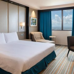 Отель Marco Polo Plaza Cebu Филиппины, Лапу-Лапу - отзывы, цены и фото номеров - забронировать отель Marco Polo Plaza Cebu онлайн комната для гостей фото 4