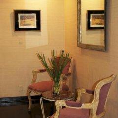 Отель Wilshire Crest Hotel США, Лос-Анджелес - отзывы, цены и фото номеров - забронировать отель Wilshire Crest Hotel онлайн питание фото 2