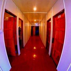 Отель Scuba Tiger Semporna Holiday Resort интерьер отеля