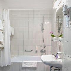 Corvin Hotel Budapest - Sissi wing ванная фото 2