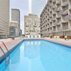Отель Ramada Plaza by Wyndham Calgary Downtown Канада, Калгари - отзывы, цены и фото номеров - забронировать отель Ramada Plaza by Wyndham Calgary Downtown онлайн бассейн фото 2