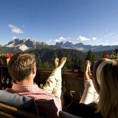 Отель Forestis Dolomites бассейн