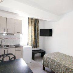 Отель Apartamentos Central City в номере