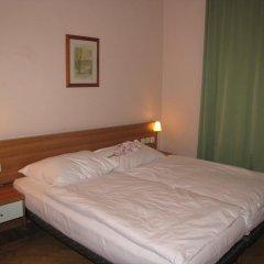 Отель Residence Select & Apartments Чехия, Прага - отзывы, цены и фото номеров - забронировать отель Residence Select & Apartments онлайн комната для гостей