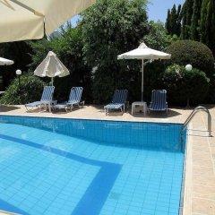 Отель Rododafni Villas бассейн фото 3