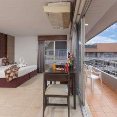 Отель The Holiday Resort балкон
