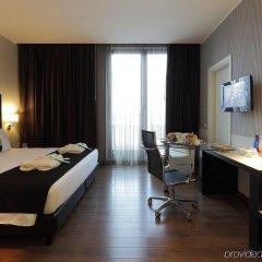 Отель Holiday Inn Genoa City комната для гостей