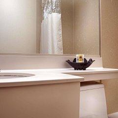 Отель Best Western Kennedy Airport США, Нью-Йорк - 1 отзыв об отеле, цены и фото номеров - забронировать отель Best Western Kennedy Airport онлайн ванная