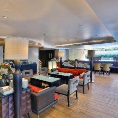 Отель Siri Sathorn Hotel Таиланд, Бангкок - 1 отзыв об отеле, цены и фото номеров - забронировать отель Siri Sathorn Hotel онлайн гостиничный бар