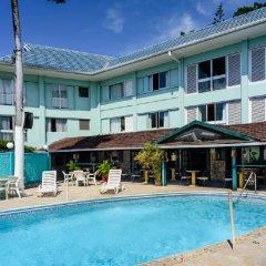 Отель Doctors Cave Beach Hotel Ямайка, Монтего-Бей - отзывы, цены и фото номеров - забронировать отель Doctors Cave Beach Hotel онлайн бассейн фото 2