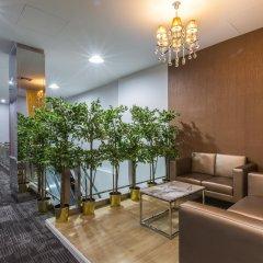 Отель Leela Orchid Бангкок интерьер отеля