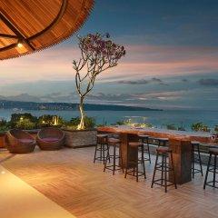 Отель Jimbaran Bay Beach Resort & Spa гостиничный бар